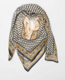 http://www.pimkie.fr/p/foulard-fin-imprime-964049765I40.html